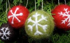 Learn to make needle felted christmas decorations with Ffolky Felt at Humble by Nature, Kate Humble's working Farm In Monmouthshire